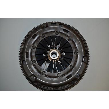 VW Touran 1T3 Zweimassenschwungrad Schwungscheibe 03G141025