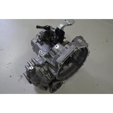 VW Touran 2 5T 1.6 TDI  Getriebe 6 Gang Schaltgetriebe 0A4301107