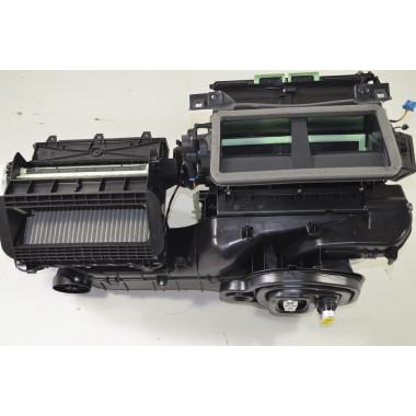 VW Touran 2 5T 1.6 TDI  Heizungskasten Gebläsekasten   Klimaautomatik Stellmotor 5QB816005B
