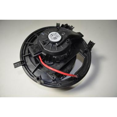 Audi Q2 1.4L TSI  VW Skoda Gebläse  Gebläseregler 5Q1819021E fan motor
