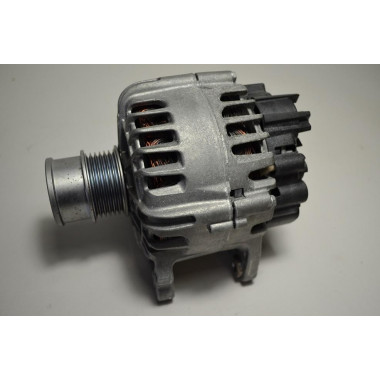 VW Polo 1.0L TSI Original Lichtmaschine Generator Alternator Valeo 04E903015